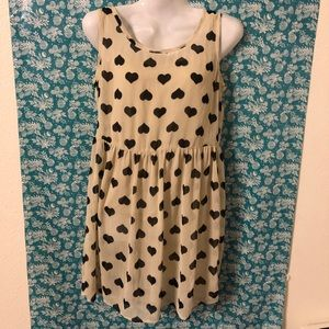 *3/20* Beige/Black Heart Dress